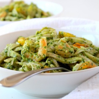 Kale Pesto Pasta with Peppers and Shrimp